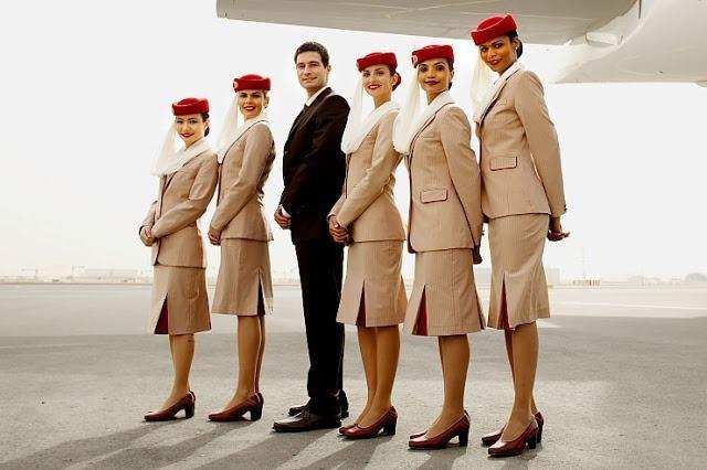 ảnh tiếp viên hàng không hãng emirates airline