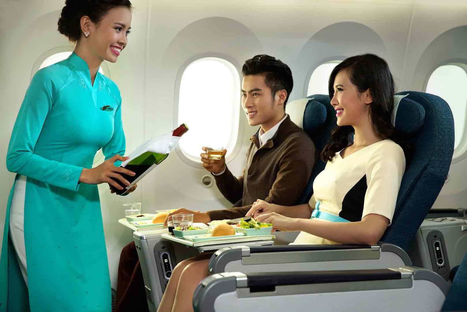 hình ảnh học làm tiếp viên hàng không