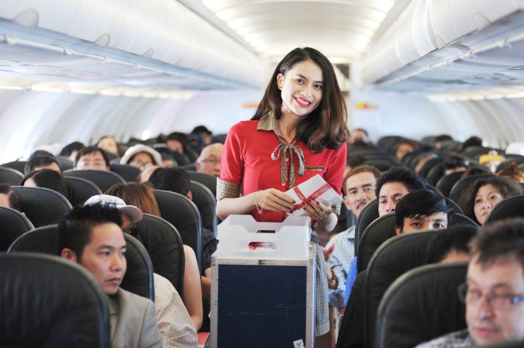 những tiêu chuẩn của tiếp viên hàng không nữ